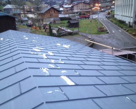 Slate effect roof finis